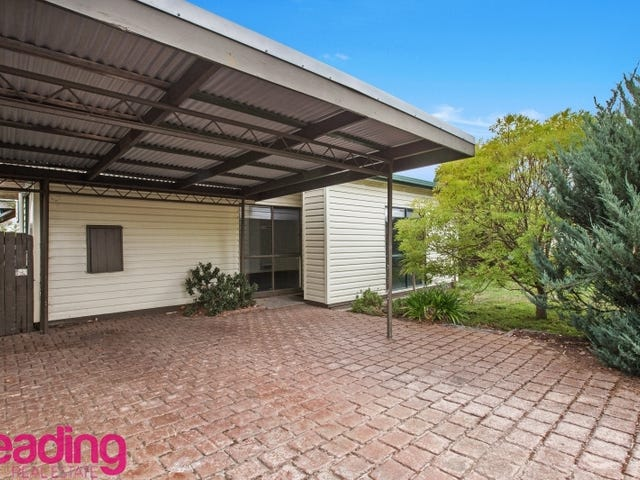 9 Batman Avenue, Sunbury, Vic 3429