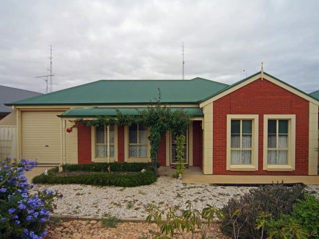 5 Clayton Street, Moonta Bay, SA 5558