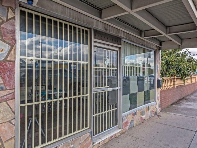 5 Ballarat Road, Maidstone, Vic 3012