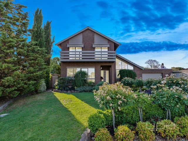 9 Chelmsford Way, Melton West, Vic 3337