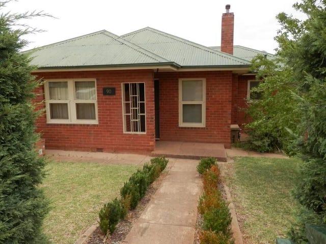 90 Mitchelmore Street, Turvey Park, NSW 2650