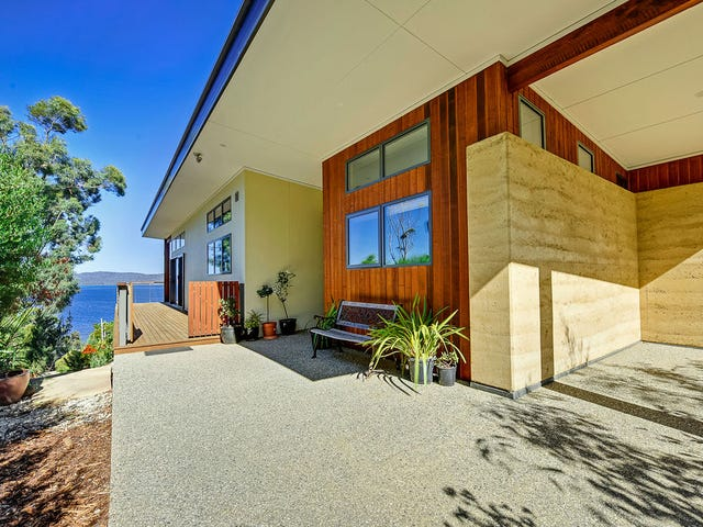22 Craigs Hill Road, Boomer Bay, Tas 7177