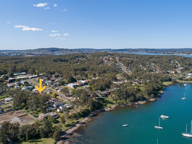 9 Hely Avenue, Fennell Bay, NSW 2283