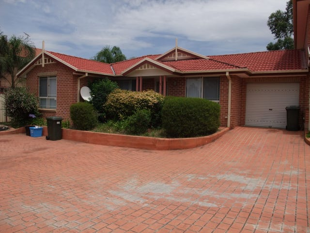 1/10-12 PEACOCK PLACE, Green Valley, NSW 2168