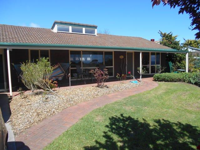 11 Manunda Way, Hallett Cove, SA 5158