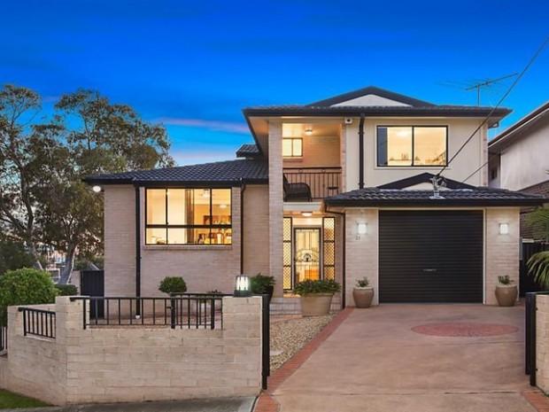 21 Rosebank Avenue, Kingsgrove, NSW 2208