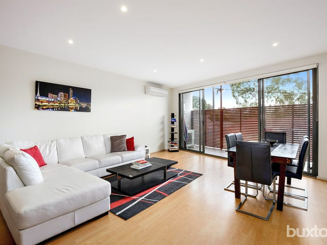 St Kilda, address available on request