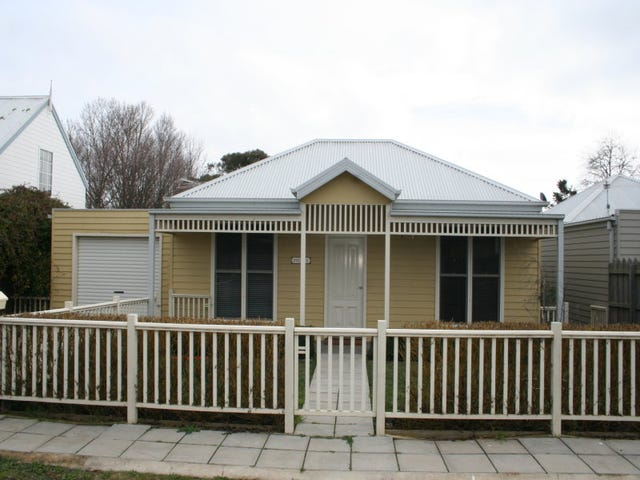 1/16 Zeal Street, New Gisborne, Vic 3438