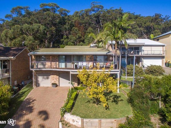 15 Bourne Boulevard, Nelson Bay, NSW 2315