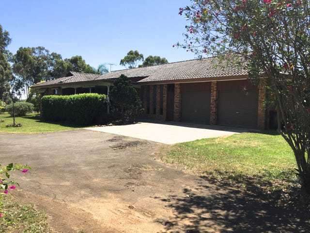 210 Kingswood Road, Orchard Hills, NSW 2748