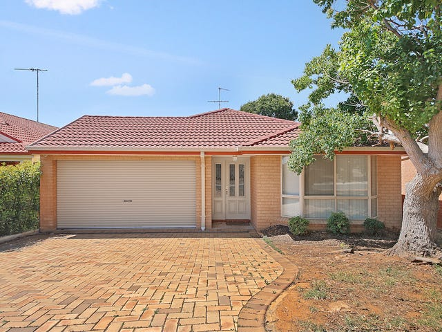 24 The Clearwater, Mount Annan, NSW 2567