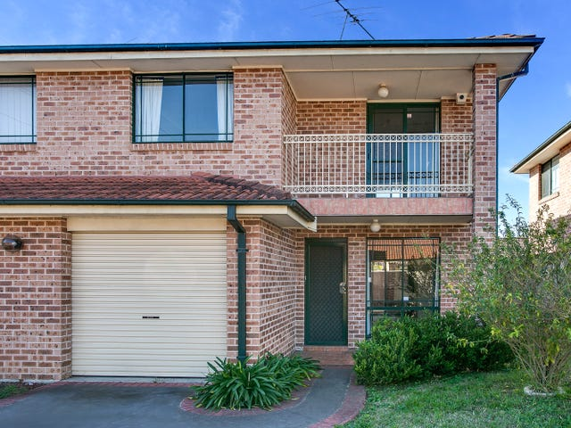 2/36 Minto Road, Minto, NSW 2566