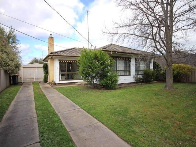 2 Halbert Street, Wendouree, Vic 3355
