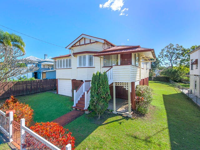 10 Badger Street, Newmarket, Qld 4051