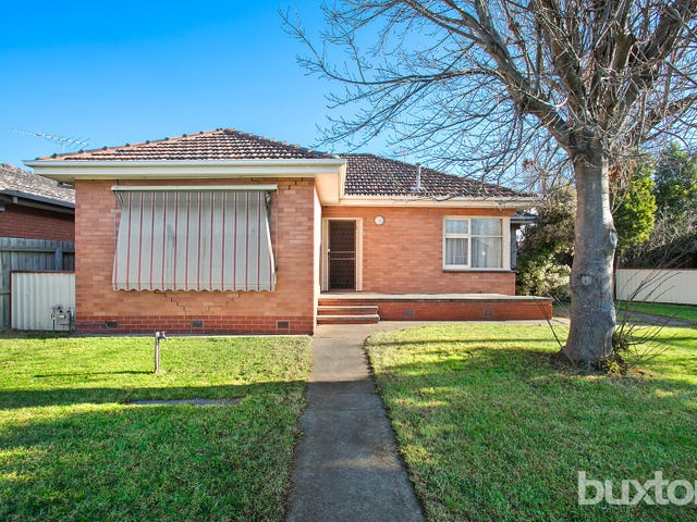 108 Ballarat Road, Hamlyn Heights, Vic 3215