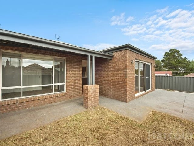2/835 Humffray Street South, Mount Pleasant, Vic 3350