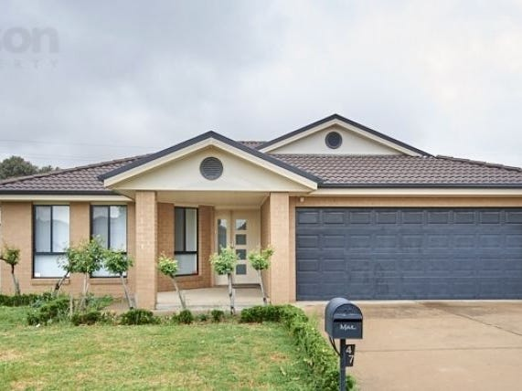 47 Barrima Drive, Glenfield Park, NSW 2650