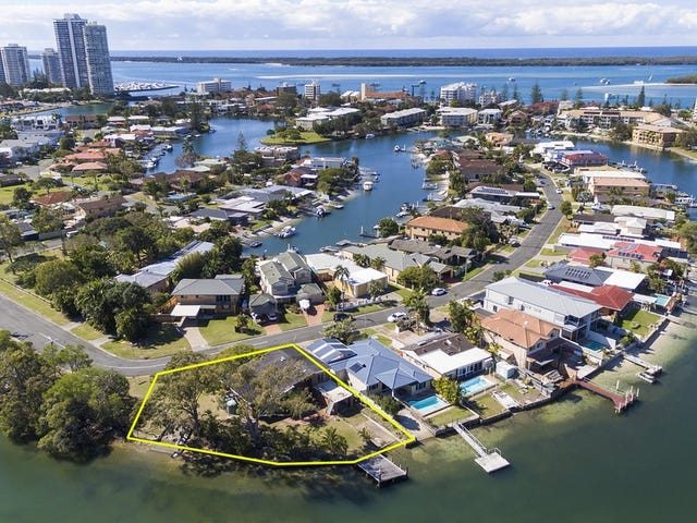 2 Vaggelas Crescent, Biggera Waters, Qld 4216