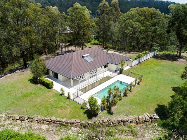 366 Gold Creek Road, Brookfield, Qld 4069