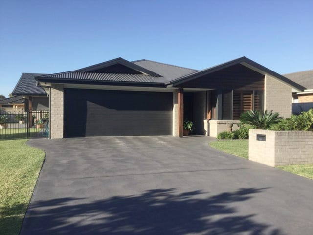 30 The Southern Parkway, Forster, NSW 2428
