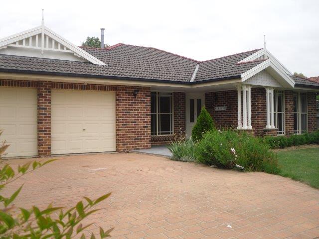 16 Miro Crescent, Bowral, NSW 2576