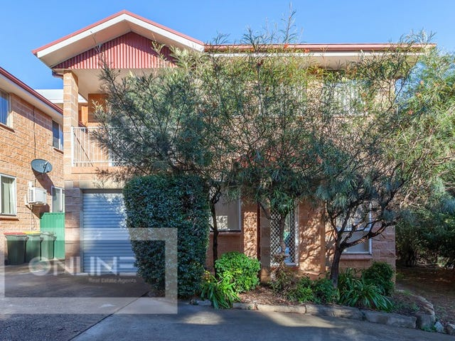 6/32 Moore St, Campbelltown, NSW 2560