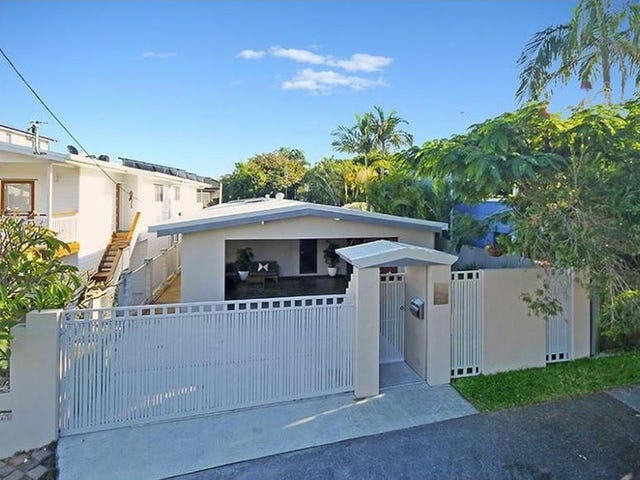 1/9 Thirteenth Avenue, Palm Beach, Qld 4221