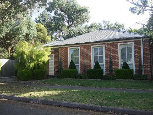 2/13 The Ridge West, Knoxfield, Vic 3180