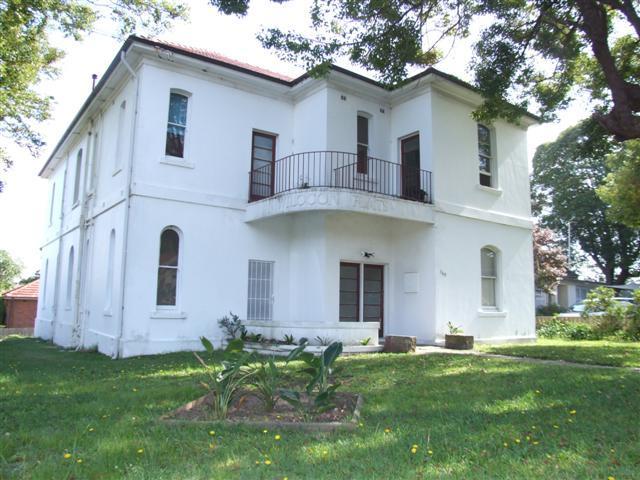 2/140 Frederick Street, Ashfield, NSW 2131