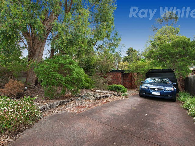 37 TERRIGAL CRESCENT, Kilsyth, Vic 3137