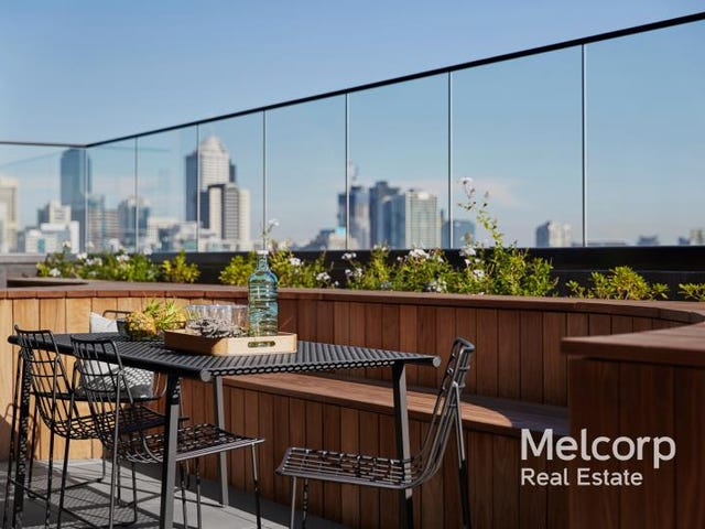 1806/151 Berkeley Street, Melbourne, Vic 3000