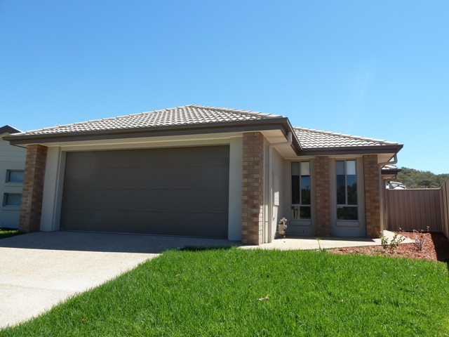 25 Kendall Drive, Albury, NSW 2640