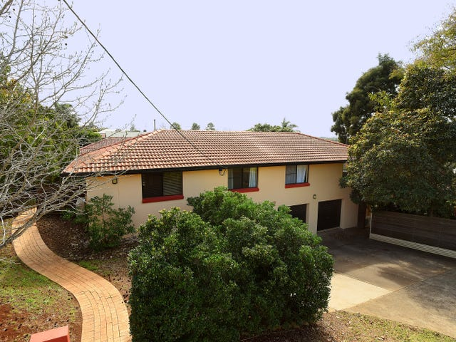 262  West Street, Kearneys Spring, Qld 4350