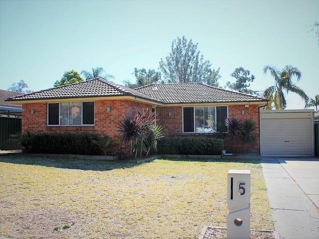 5 Sycamore Crescent, Quakers Hill, NSW 2763