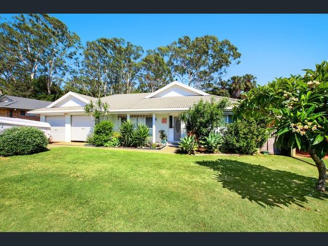 17 Crestwood  Drive, Port Macquarie, NSW 2444