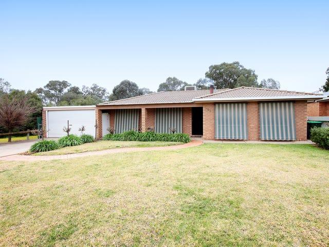 44 Karoom Drive, Glenfield Park, NSW 2650