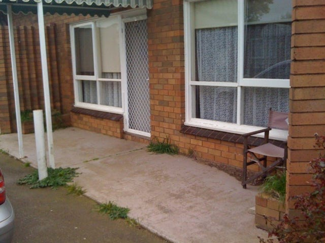 Dunnstown, address available on request