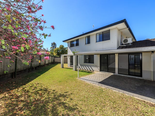 51 Clear River Boulevard, Ashmore, Qld 4214