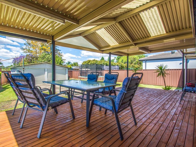 18 Hatchinson Crescent, Jamisontown, NSW 2750