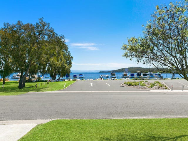 10 The Esplanade, Swansea, NSW 2281
