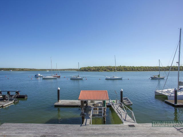 15 Esplanade, Tin Can Bay, Qld 4580