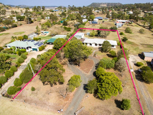 21 Clifford Street, Meringandan West, Qld 4352