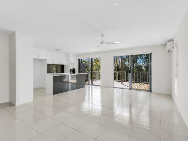 15/37 Witheren Circuit, Pacific Pines, Qld 4211
