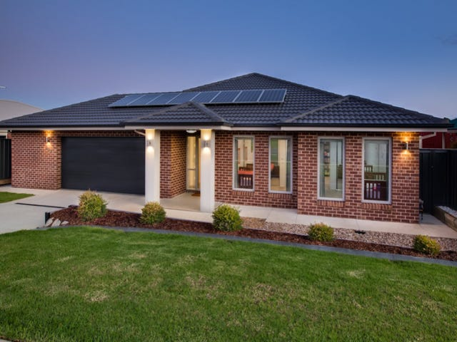 207 Kaitlers Road, Lavington, NSW 2641