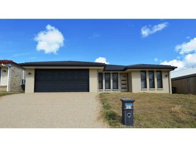 121 Springfield Drive, Norman Gardens, Qld 4701
