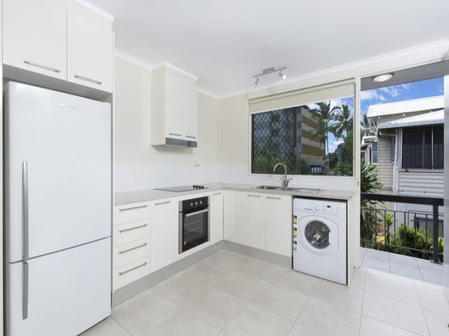 4/15 Digger Street, Cairns North, Qld 4870