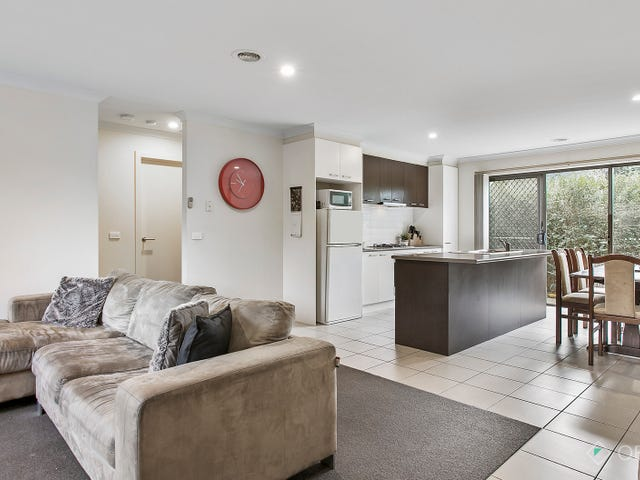 3/11-13 Elizabeth Street, Cranbourne North, Vic 3977
