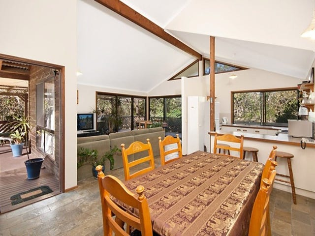 12 Patchs Beach Lane, Patchs Beach, NSW 2478