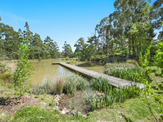 5 Chapmans Lane, Mount Helen, Vic 3350