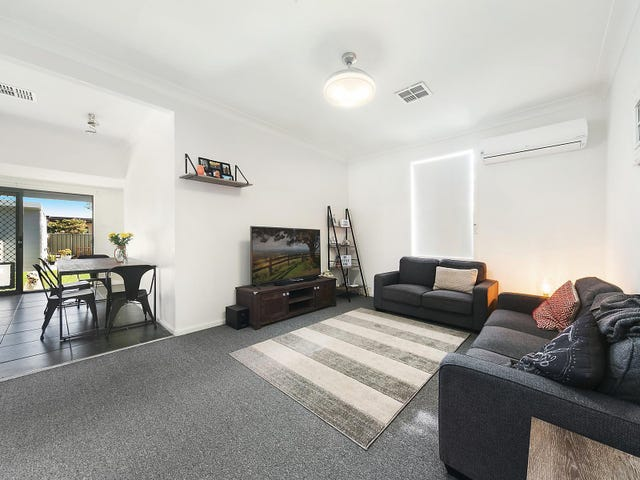 17 Francis Street, Cardiff South, NSW 2285